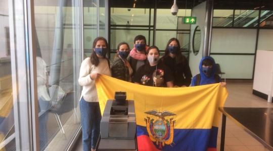 ECUATORIANOS DE 12 PAISES REGRESAN EN VUELO DESDE ÁMSTERDAM